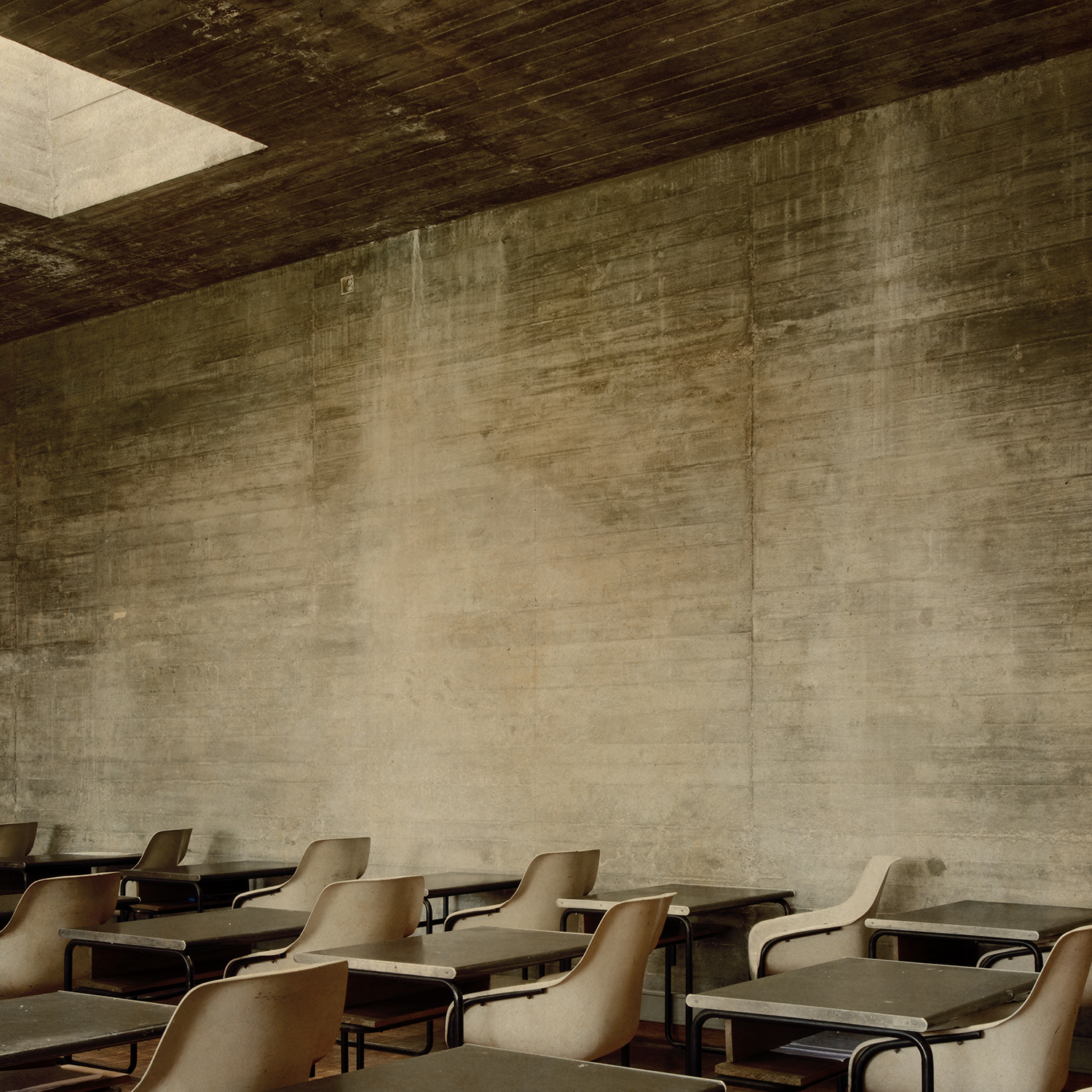 """""""Porto room with chairs"""""""