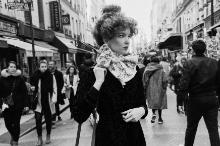 """retro girl in Paris"""