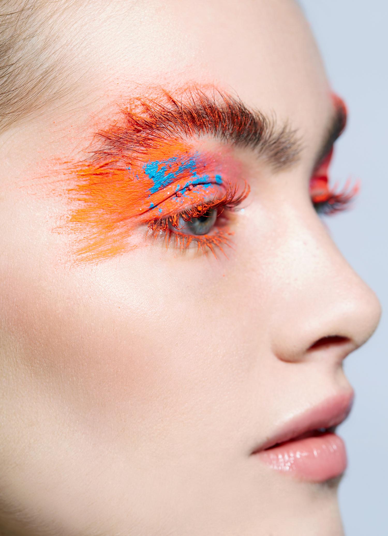 """Orange Eye shadow MakeUp"""